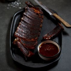 Cocoa & Spice rubbed ribs with BBQ sauce // braai = South African for barbecue/grilling (only better!)
