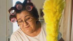 Το σποτ με την Ελληνίδα μάνα που κάνει θραύση στο διαδίκτυο - ΒΙΝΤΕΟ My Face Book, Round Sunglasses, Fans, Lol, Humor, Facebook, Fashion, Moda, Round Frame Sunglasses