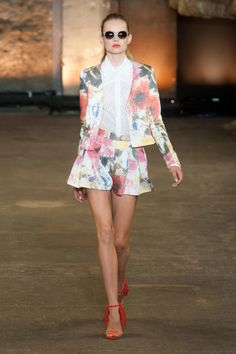 Christian Siriano Spring 2014 // Learn how to hand render a floral print http://www.universityoffashion.com/lessons/rendering-floral-print/