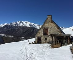 http://cabinporn.com/post/113357637410/shepherds-home-near-col-daspin-french-pyrenees