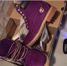 shoes dark purple shoes burgundy shoes timberlands boots timberlands gold oxblood timberland timberland boots shoes timberlands and gold chain timberland boots studded timberland boots winter outfits winter boots boots purple timberlands Dr Shoes, Crazy Shoes, Sock Shoes, Cute Shoes, Me Too Shoes, Oxford Shoes, Shoes Sneakers, Shoes Heels, Heeled Boots