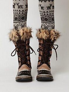 Joan of arctic boots, SOREL sorel boots. waterproof leather, and waterproof rubber. stylish sailing