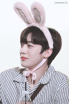 "smoothie° on Twitter: ""190831 HD #김요한 #요한 #X1 #엑스원… "" Daily Pictures, Dark Skies, Flower Boys, Boy Groups, Twitter, Produce 101, Star, Rabbit, Idol"