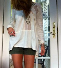 Focus on Center Top style pic on Free People