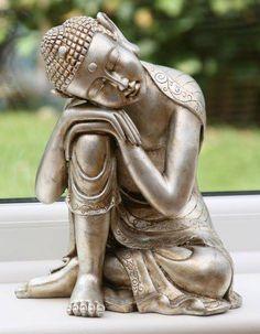 Nessuno può fare per te ciò che solo tu puoi fare per te stesso. (Buddha)