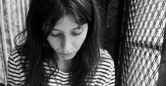 Hola a todos!Hoy quiero compartir con vosotros la entrevista que hace unos días realicé a Laura Sala una escritora muy querida por mí y que ahora publica su primera novela: Olbido con B. Os aconsejo que no os perdáis su entrevista y que sigáis muy de cerca a esta nueva voz de las letras en castellano. Os dejo con la entrevista:  Hola Laura antes de comenzar con la entrevista además de agradecerte tu amabilidad por colaborar con mi blog me gustaría que nos hablaras un poco sobre ti. Quién es…