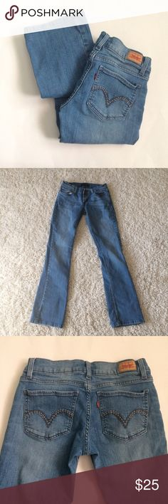 """LEVI'S 524 too superlow Jeans Bootcut Awesome Levi's in size 5. Cool stitching on back pockets. No damage, gently worn once. Too superlow 524 jeans. Cotton and elastase. Waist 13.5"""". Rise 7"""". Inseam approx 31"""". Levi's Jeans Boot Cut"""
