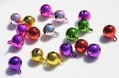 10 Multi Colored 16mm Bells SC5200