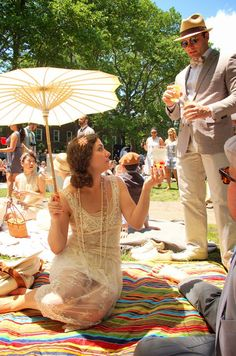 Bring your best parasol! The Jazz Age Lawn Party 1920s Party, Gatsby Party, Harlem Nights Theme, Croquet Party, Jazz Age Lawn Party, Prohibition Party, Brunch Outfit, Dapper Day, 20s Fashion