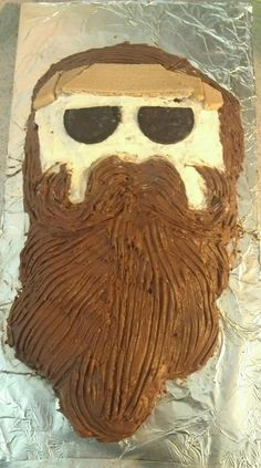 My original design #Duck Dynasty #Willie Robertson #vegan cake super fun for my Hubby's birthday! It inspired so many giggles and good humor!