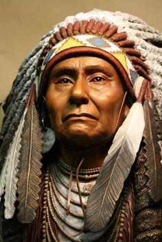 A Native-American chief. Native American Actors, Native American Headdress, Native American Warrior, Native American Pictures, Native American Quotes, Indian Pictures, Native American History, American Indians, Native American Cherokee