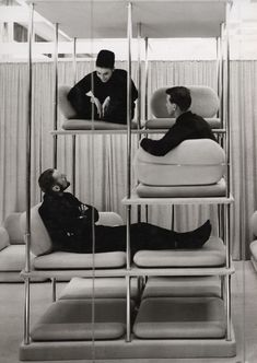This 1963/1964 designed Multi-Level Lounger is the work of the late and great Verner Panton.
