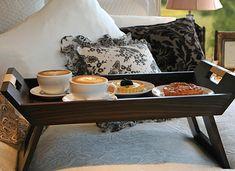 Breakfast in Bed tray, do you like it @Fernanda Molina Robledo Gottschild?