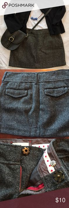 "Cute Wool Mini Skirt American Eagle Outfitters  Size 8                                                 Fully Lined Wool Mini Skirt with Side Pockets and Front Zipper with Snap Closure       Belt loops                                                     Approximate length 30"" front and 31"" back                                          72% wool   20% nylon   7% silk   1% other fiber                              No Trades American Eagle Outfitters Skirts Mini"