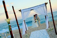 Meliá Cabo Real All Inclusive Beach & Golf Resort http://www.weddinglocation.com/destination/melia-cabo-real-all-inclusive-beach-golf-resort/
