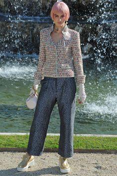 Chanel Resort 2013 Fashion Show - Andie Arthur