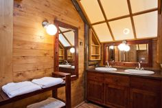 Glamping tents - bathroom