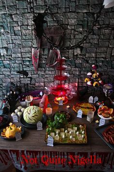 :)(veronica d) halloween food recipes awesome halloween food Spirit Halloween, Halloween Treats, Halloween Decorations, Halloween Party, Halloween Table, Halloween Signs, Halloween Stuff, Halloween Makeup, Halloween Costumes