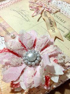 Shabby Flower - Ravens and Writings Desks Fake Flowers, Diy Flowers, Crochet Flowers, Fabric Flowers, Fabric Crafts, William Morris, Fabric Embellishment, Embellishments, Paper Flowers