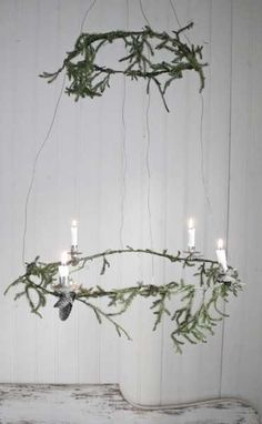 christmas wreath chandelier with candles