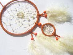 Prehnit und Glasperlen im orange Traumfänger von Hochwertige Traumfänger -Edelstein Dreamcatcher-Traumnetz.com auf DaWanda.com
