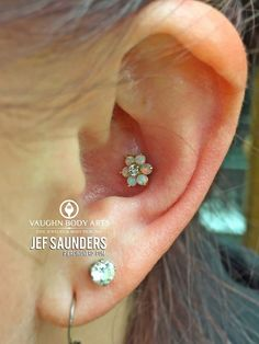 The Aries Witch ♈ Body piercing jewellery - conch ear flower stud