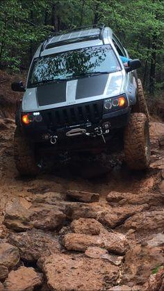 Jeep Zj, Suv Cars, Jeep Grand Cherokee Zj, 4x4 Off Road, Luxury Suv, Wrangler Jk, Jeep Stuff, Jeep Life, Pickup Trucks