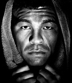 Google Image Result for http://www.classicfights.net/Arturo_THUNDER_Gatti_classic_boxing_2.jpg