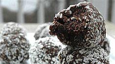 Unod már a fehérjeturmixot? Ne idd, edd a fehérjeport! Készíts belőle kókuszgolyót! | Peak Man