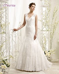Loverxu New Glamorous Appliques Lace Mermaid Wedding Dress 2017 Fashionable V-neck Button Wedding Gown Robe De Mariage Plus Size