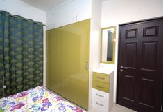 HomeLane: Full Home Interior Design Solutions, Get Instant Quotes. Beautiful Houses Interior, Beautiful Interiors, Wardrobe Storage, Locker Storage, Modular Wardrobes, Free Interior Design, Wardrobe Design, Living Room Designs, House Design