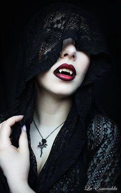 """""""La Esmeralda"""" by Deborah Garcia - dark fantasy - gothic - vampire Art Vampire, Vampire Bride, Vampire Love, Gothic Vampire, Vampire Pics, Vampire Fangs, Vampire Images, Black Vampire, Vampire Queen"""