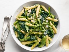Get this all-star, easy-to-follow Pasta Primavera with Peas, Asparagus and Kale recipe from Food Network Kitchen