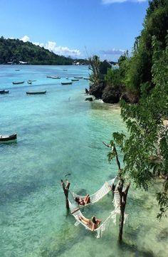 Nusa Ceningan, Bali @apxcoconut