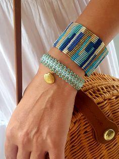 blue patchwork macrame cuff, seashell bracelet, zigzag bracelet, blue and golden macrame bracelets Source by marastelli Macrame Bracelet Diy, Macrame Bracelet Patterns, Bracelet Knots, Macrame Jewelry, Fabric Jewelry, Boho Jewelry, Knotted Bracelet, Shell Bracelet, Embroidery Bracelets