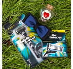 Gillette Mach3 Combo with Bow Tie and Message Scroll Jar