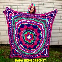 "Dada Neon Crochet: The ""Sophie's Garden Mandala"" as a Blanket! - free pattern"