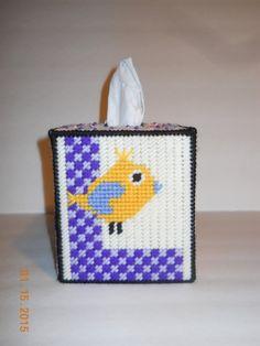 Love Birds Tissue box cover in Plastic canvas