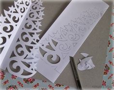 DIY Paper Christmas Tree with Printable Template Diy Paper Christmas Tree, Handmade Christmas Crafts, Christmas Tree Cutting, Xmas Crafts, Diy Crafts To Sell, Paper Crafts, Mod Podge Crafts, Napkin Decoupage, Origami