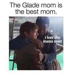 Awww this is so cute :3 | Thomas Sangster and Dexter Darden | The Scorch Trials cast | Mama Newt and Frypan