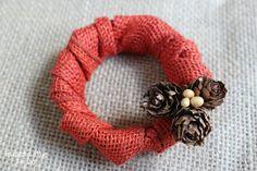 Mini Fall Wreath made with a mason jar lid