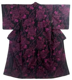 This is a fascinating Meisen Kimono with deep pink color 'Kiku'(chrysanthemum) pattern, which is woven on the black color base