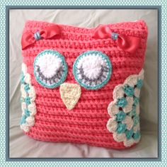 Sleeping Owl Crochet Pillow | Vali's Homemaking