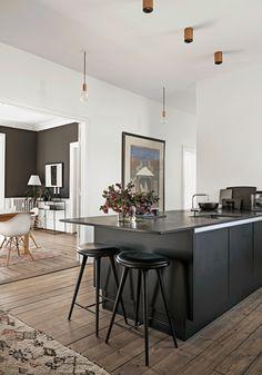 home decor and Apartment Interior Design, Kitchen Interior, Dining Area, Kitchen Dining, Country Look, Open Plan Kitchen, Küchen Design, Modern Kitchen Design, Cool Kitchens