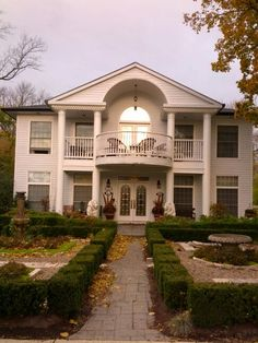 Weekend away at The Wellington House, Bed and Breakfast in Niagara On The Lake.