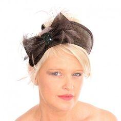 plus de 1000 id es propos de chapeau mariage sur pinterest mariage sisal et coiffures. Black Bedroom Furniture Sets. Home Design Ideas