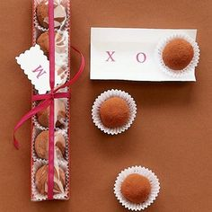 What a sweet gift!! Truffles are really easy to make, believe it or not. Chocolate Truffles