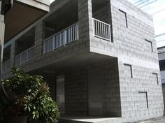 建築用コンクリートブロックについてのサイトです。主に型枠ブロック建築の話題が中心。