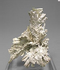 Reference Specimens / The Silvane Collection / Fabre Minerals: Mineral specimens for quality collectors Minerals And Gemstones, Raw Gemstones, Rocks And Minerals, Stones And Crystals, Gem Stones, Healing Crystals, Healing Stones, Gold Prospecting, Mineralogy