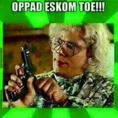 my rekening is betaal! Funny Me, Funny Jokes, Funny Stuff, African Memes, Dark Sense Of Humor, Afrikaanse Quotes, Best Quotes, Nice Quotes, South Africa